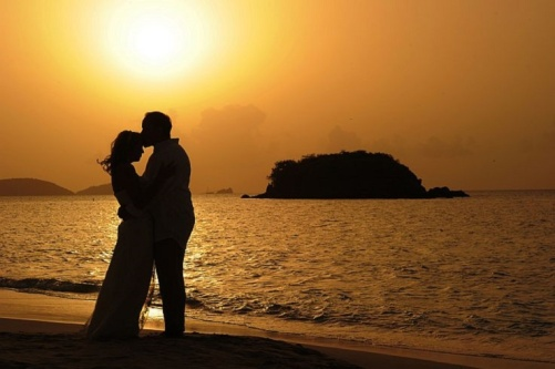 sunset-beach-wedding